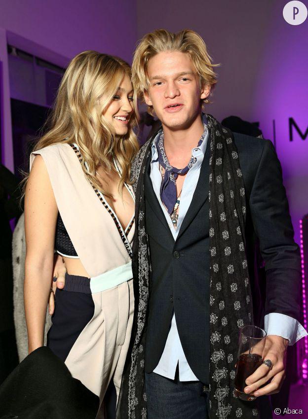 Gigi Hadid et son petit ami, le chanteur Cody Simpson.