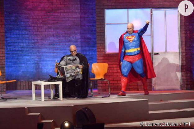 Batman et Superman s'invitent chez les Enfoirés.