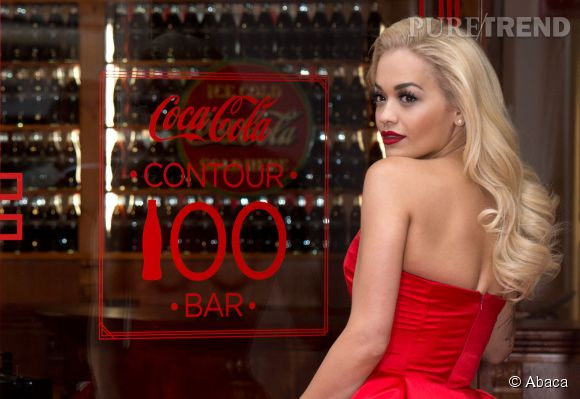 Rita Ora lors de l'inauguration Contour Centenary Bar à Soho à Londres le 29 mars 2015.