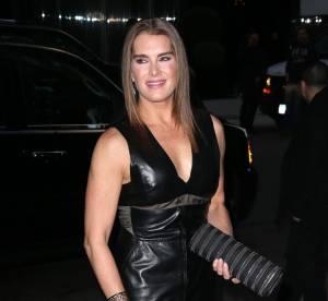 Brooke Shields : 49 ans et canon dans sa robe en cuir