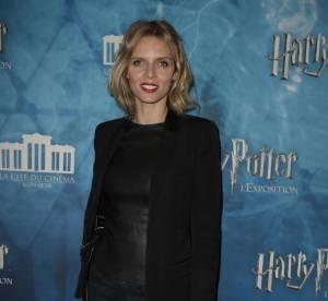 """Sylvie Tellier, la tenue en cuir très sexy à l'exposition """"Harry Potter"""""""