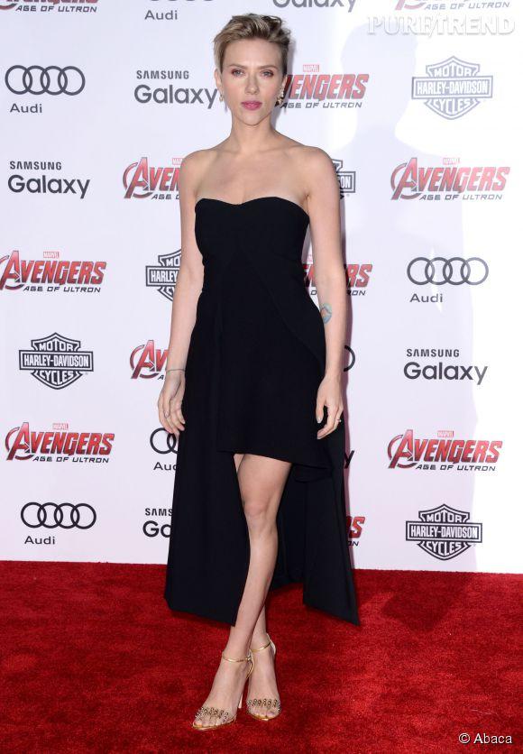 """Scarlett Johansson à la première du film """"""""Avengers : L'ère d'Ultron"""" à Los Angeles le 13 avril 2015."""