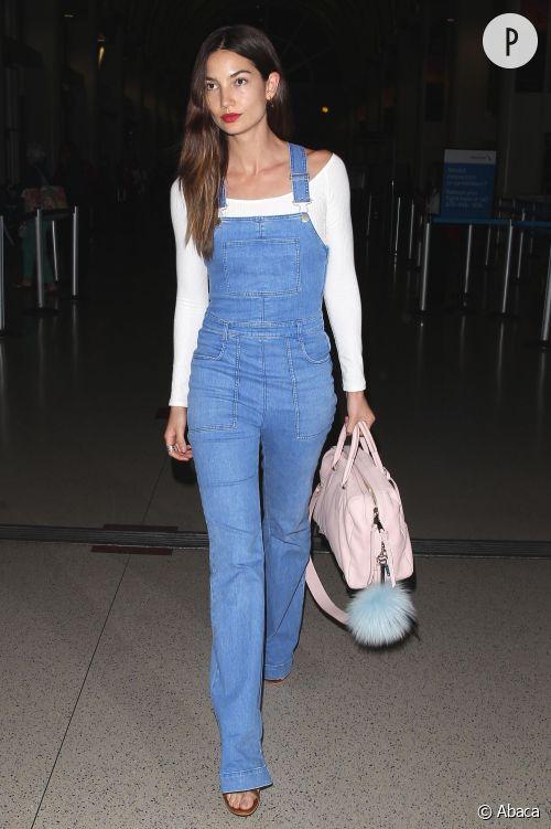 Lily Aldridge à l'aéroport de LAX à Los Angeles le 14 avril 2015.