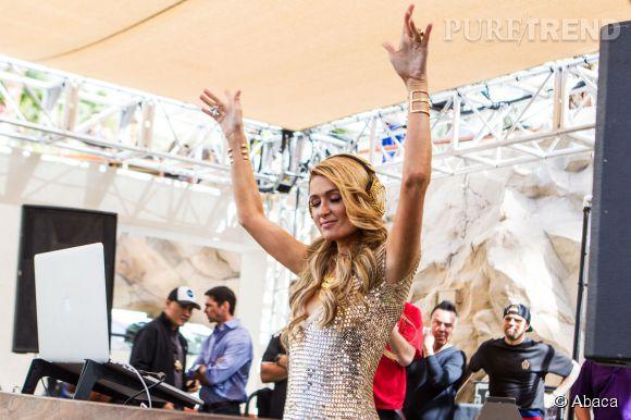 Paris Hilton gagne très bien sa vie en animant des soirées.