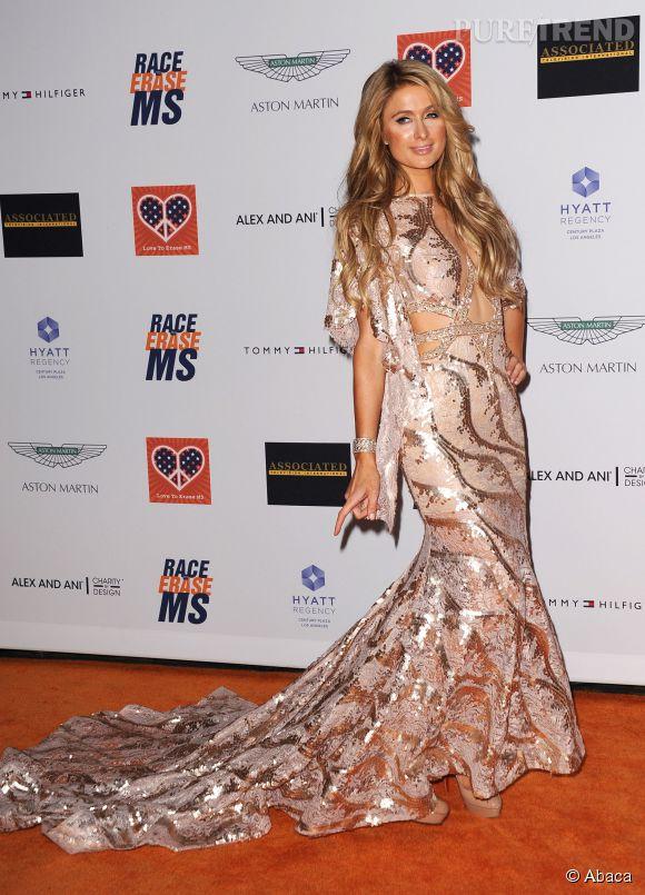Paris Hilton dans sa robe Charbel Zoé Couture.