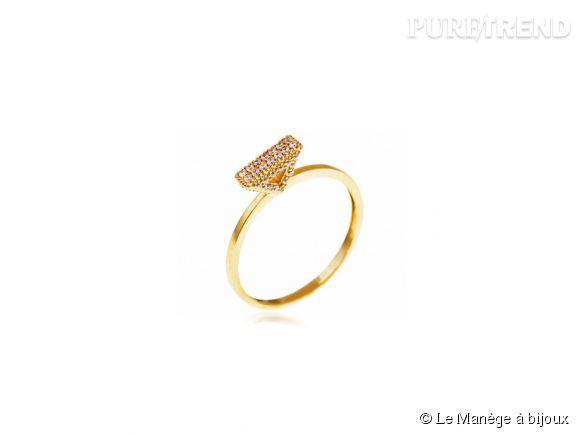 Le Manège à bijoux    Bague en or jaune et oxydes de zirconium, 187,90€.