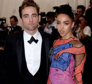 Robert Pattinson et FKA twigs prévoient de se marier d'ici cet été.