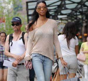 Pour faire son shopping, Chanel Iman ne néglige pas son style.