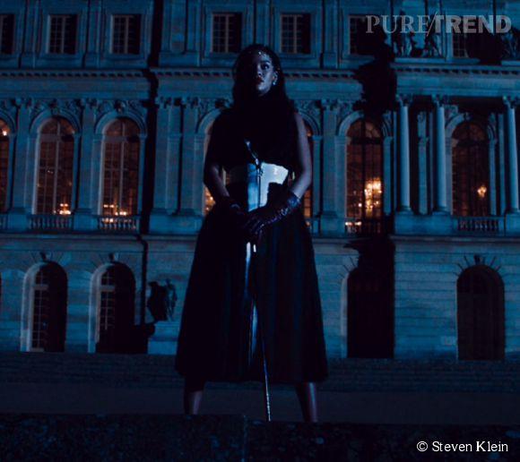 """Rihanna, la nouvelle princesse de """"Secret Garde 4"""" de Dior."""