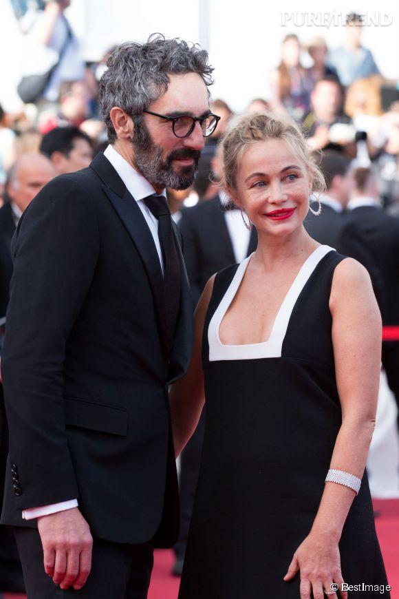 Emmanuelle Béart a choisi le Festival de Cannes 2015 pour officialiser son histoire d'amour avec Frédéric.