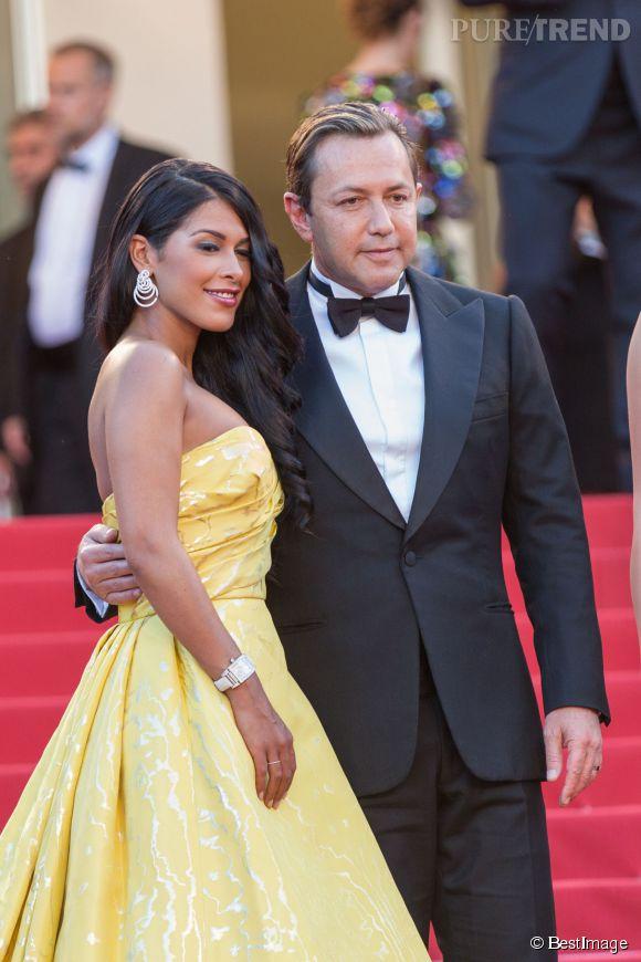 Ayem a elle aussi officialisé à Cannes, prenant la pose avec son compagnon, Vincent Miclet.