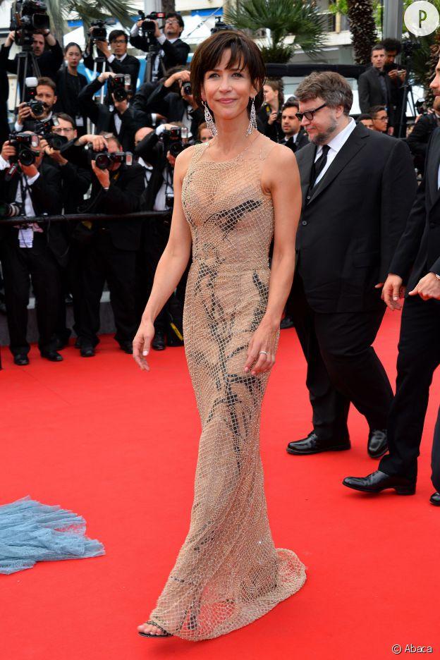 Sophie Marceau en robe Armani Privé.