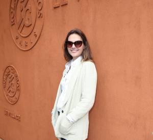 Virginie Ledoyen fait dans la simplicité pour se rendre à Roland-Garros.