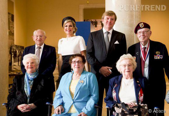 Maxima des Pays-Bas et le roi Willem-Alexander prennent la pose.