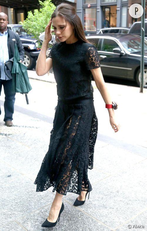 Victoria Beckham dans les rues de New York le 2 juin 2015.