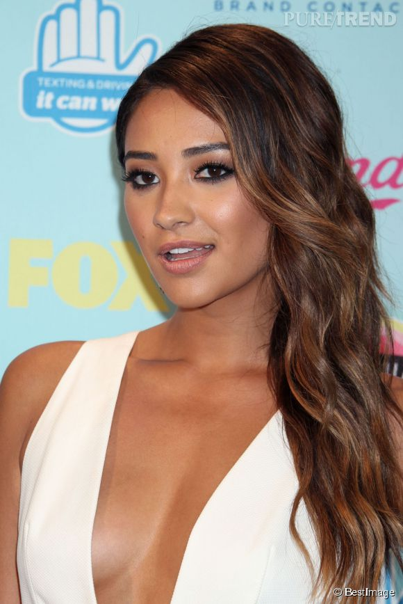 Shay Mitchell toujours très sexy sur Instagram.