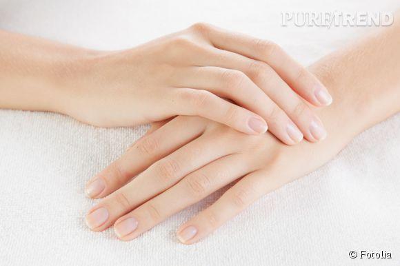 Quelle solutions pour soigner des ongles dédoublés ? Levure de bière, lime en verre, soins durcissants et fortifiants... Tous nos conseils.