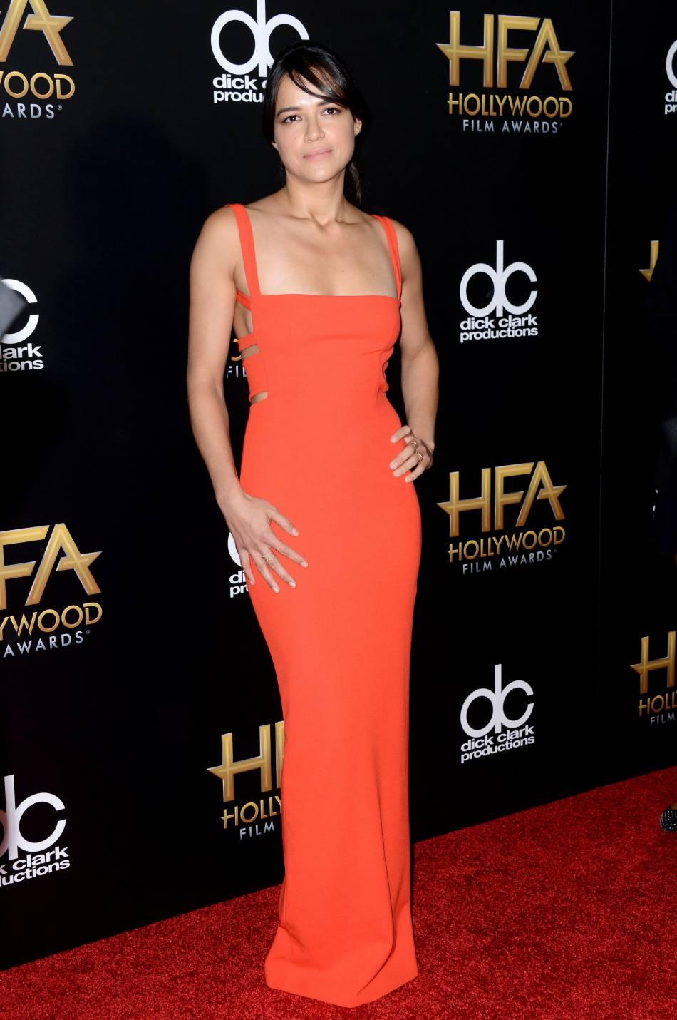 Michelle Rodriguez sur le red carpet des Hollywood Film Awards le 1er novembre 2015 à Los Angeles.