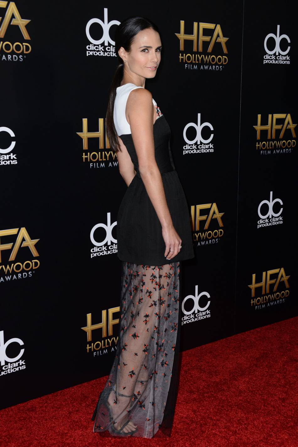 Jordana Brewster sur le red carpet des Hollywood Film Awards le 1er novembre 2015 à Los Angeles.