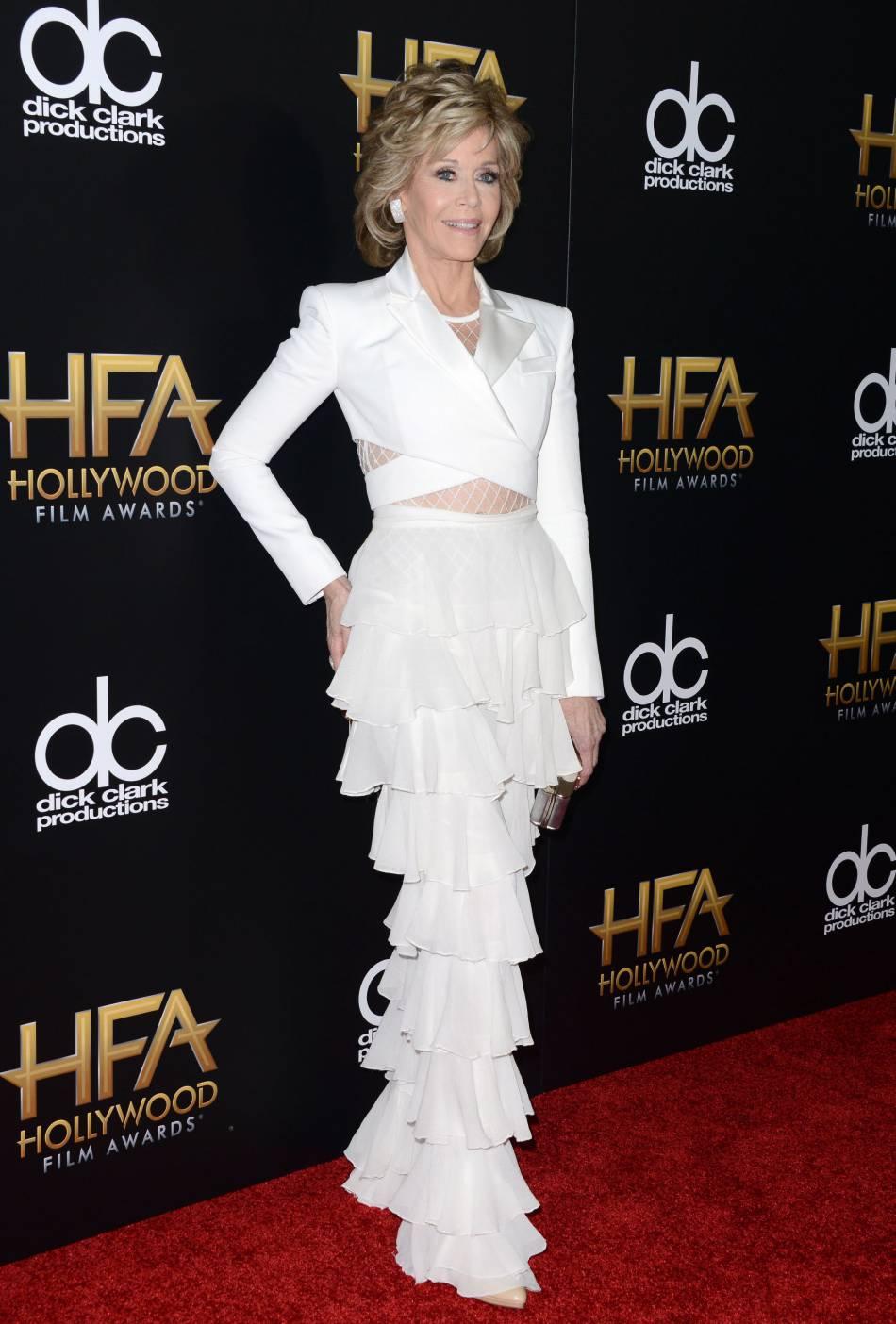 Jane Fonda en Balmain sur le red carpet des Hollywood Film Awards le 1er novembre 2015 à Los Angeles.