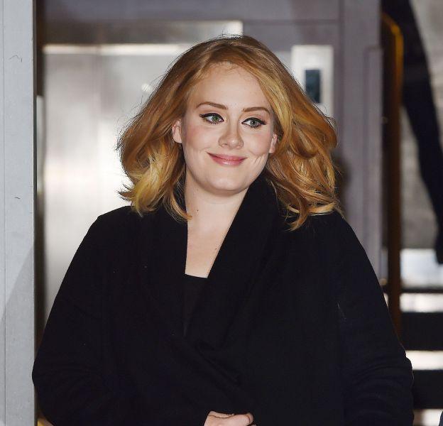 Adele pose sans maquillage en couverture de Rolling Stone.