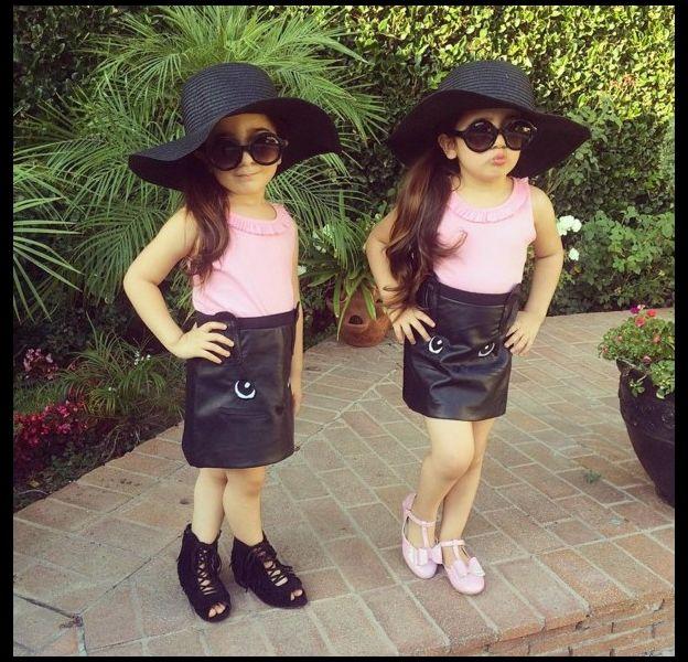 Bella et Chloé, fashionistas en herbe.
