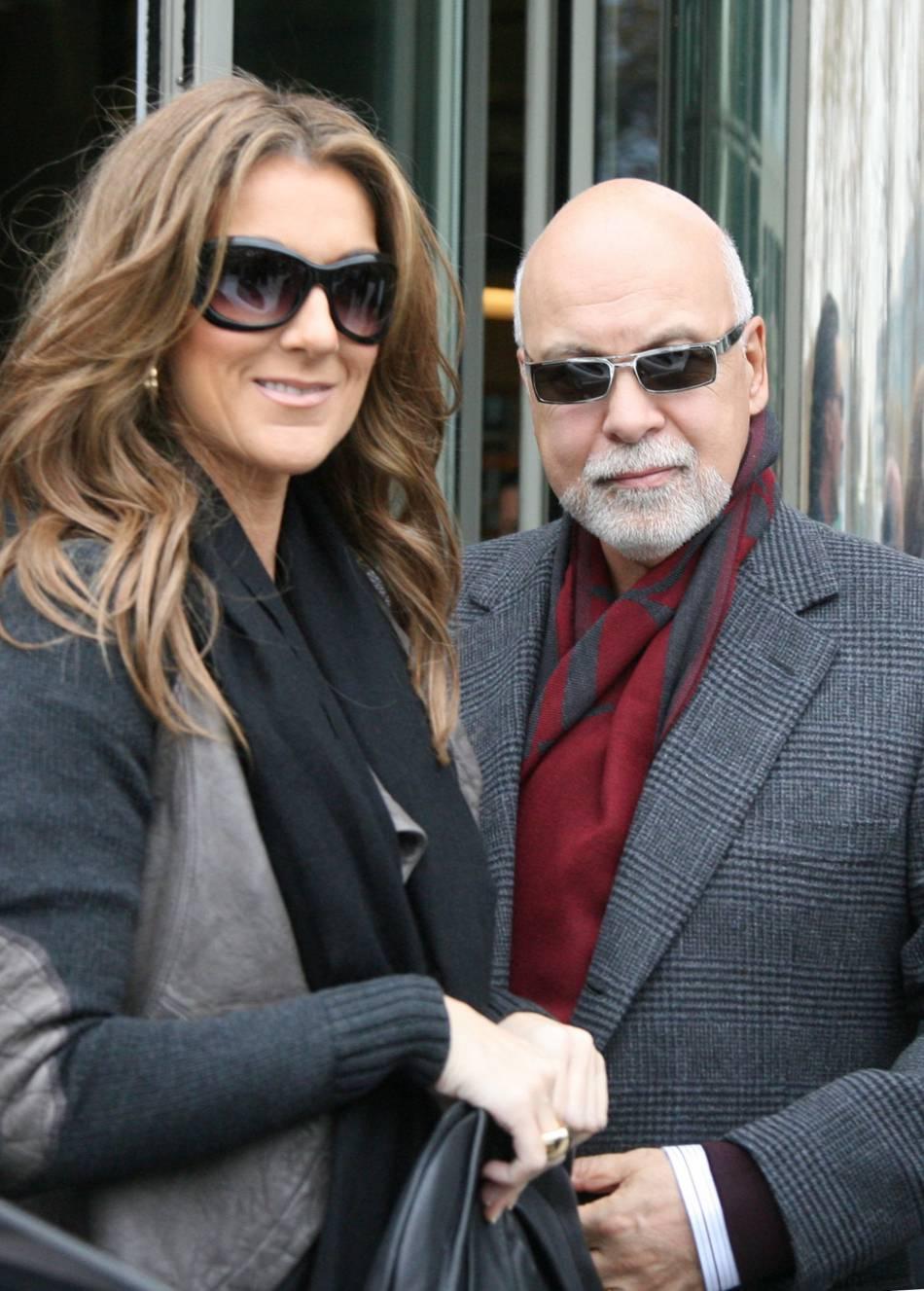 Céline Dion modifie son spectacle en hommage à son mari René Angelil.