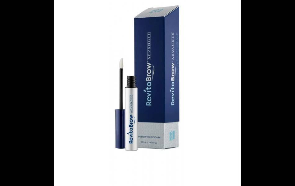 La marque Revitalash a mis au point un sérum qui permet de réactiver la pousse des sourcils : Revitabrow de Revitalash.