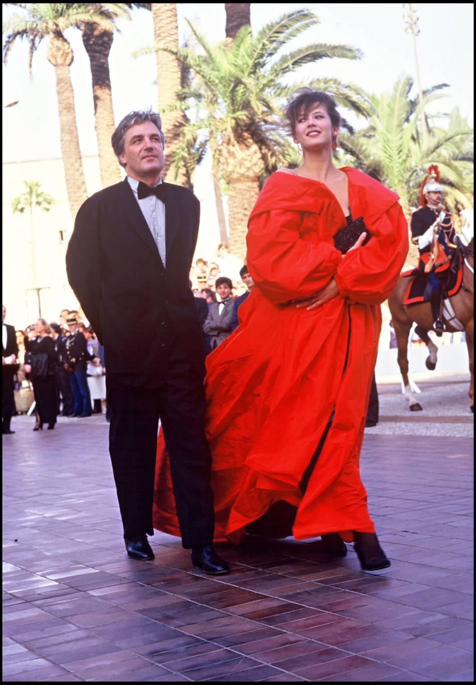 Sophie Marceau et Andrzej Zulawski divorcent en 2001.