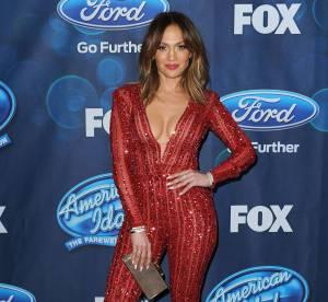 Jennifer Lopez dévoile ses courbes de folie dans une combinaison très moulante