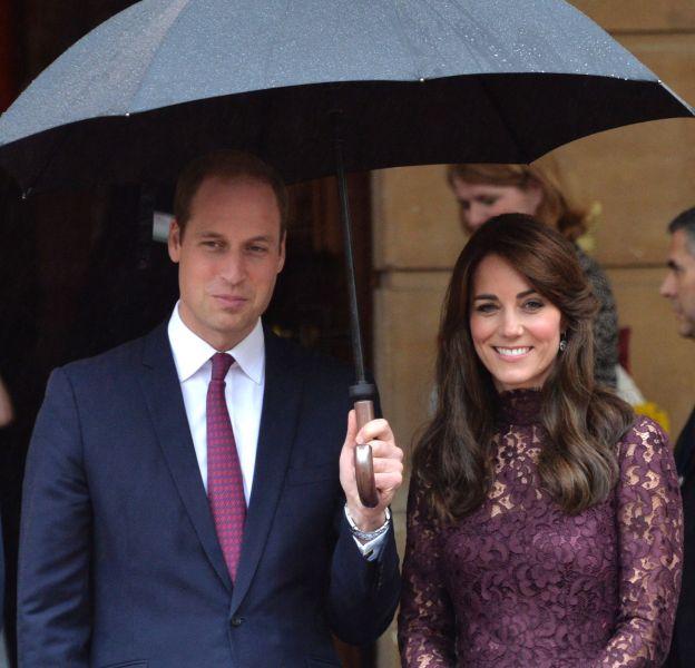 Kate Middleton et le prince William ont des robes de chambre grand luxe.