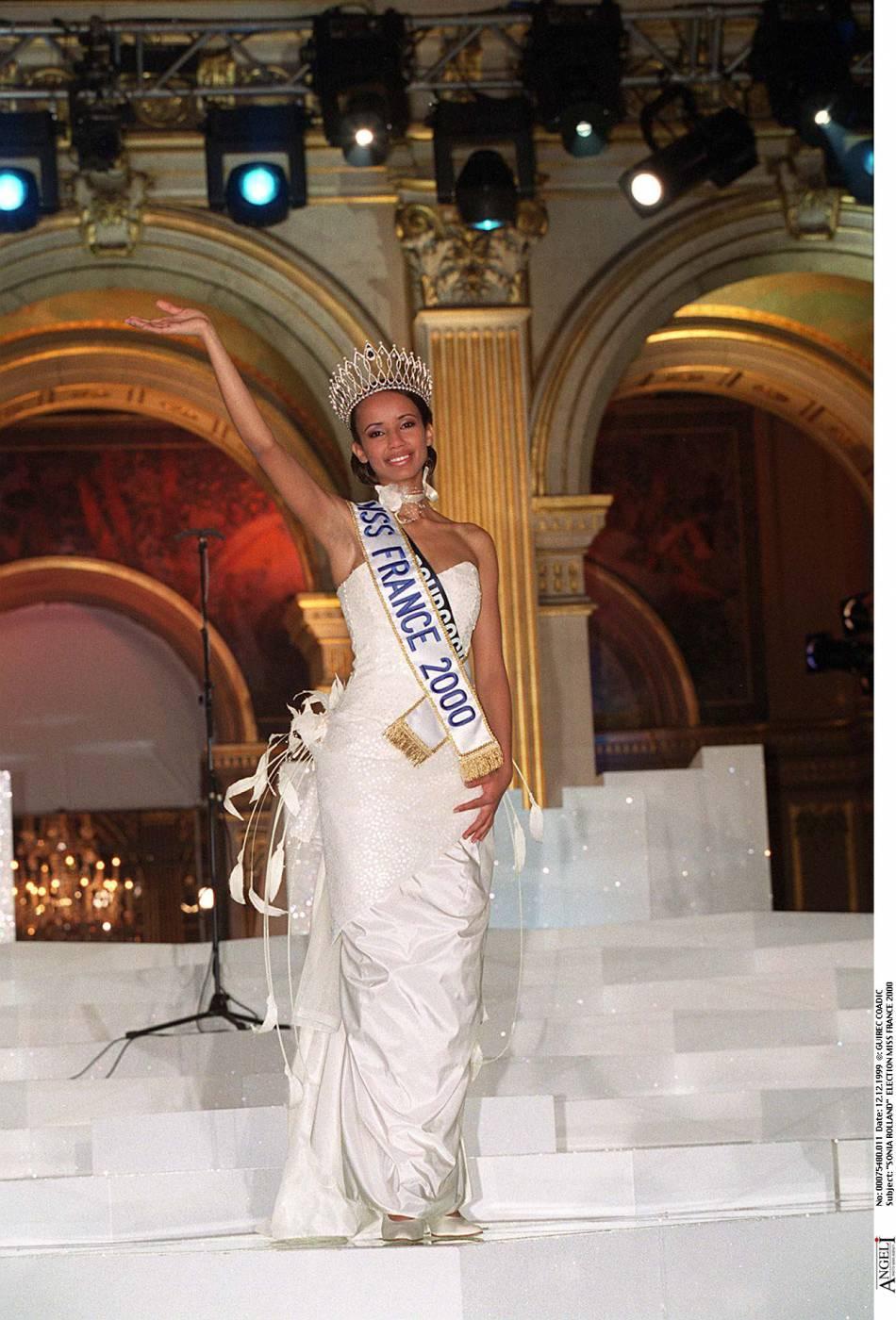 Sonia Rolland a été Miss France 2000. Depuis, elle ne chôme pas et enchaîne les projets en tant que réalisatrice ou mannequin.