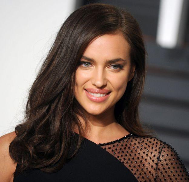 Irina Shayk se dénude pour Double magazine.