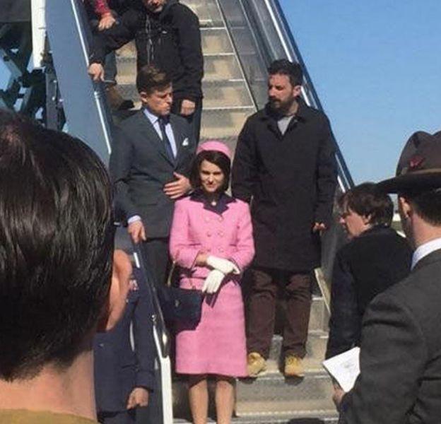 Au programme ce jour-là, le tournage de la scène de l'arrivée du couple à Dallas quelques heures avant l'assassinat de JFK.