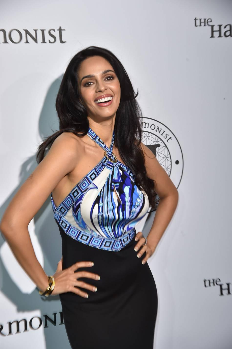 """Mallika Sherawat à la soirée """"The Harmonist"""" lors du 69ème Festival International du Film de Cannes, le 16 mai 2016."""