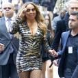 Mariah Carey aurait pu rejoindre la moquette mais heureusement, ses gardes du corps veillaient au grain !
