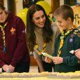 """La duchesse de Cambridge venait célébrer les 100 ans de la création au Royaume-Uni des """"Cub Scouts""""."""