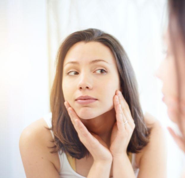 Nos meilleures astuces pour resserrer les pores de la peau.