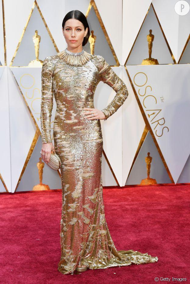 Dans cette robe KAUFMANFRANCO, Jessica Biel est sublime.