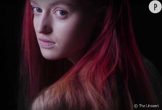 La coloration Fire est une invention de la société The Unseen détenue par Lauren Bowker.