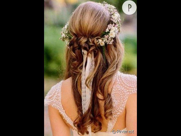 Inspirations coiffure pour mariées : la couronne de fleurs