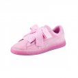 Baskets Suede Heart Reset, Puma, 90€.