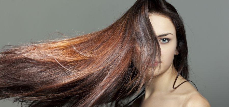 4 astuces pour donner l'illusion de cheveux plus longs