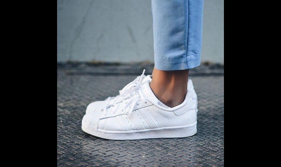 5 paires de sneakers blanches qui nous font craquer pour le printemps -  Puretrend 2b65c735456