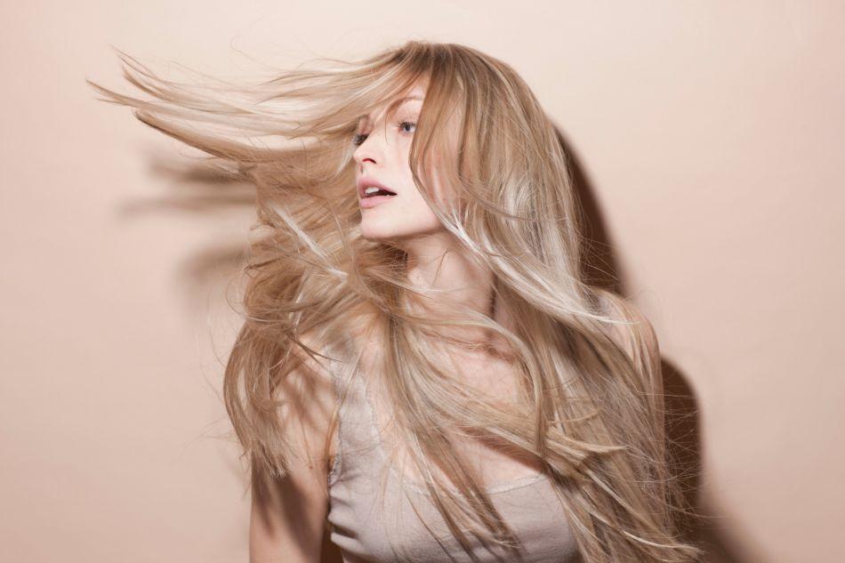 Comment avoir cheveux plus long rapidement