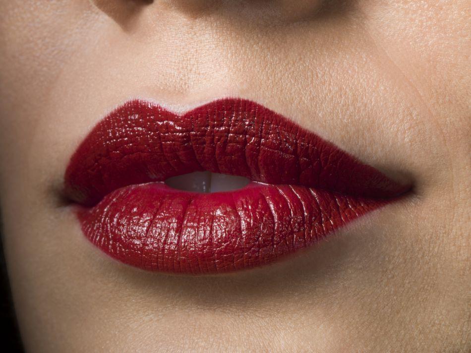 Super Make up : conseils et shopping pour des lèvres plus pulpeuses JJ06