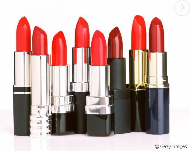 Le rouge à lèvres n'est pas condamné à être utilisé que sur les lèvres.