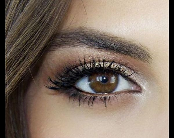 Remarquable Maquillage : 6 façons de mettre en valeur ses yeux marron - Puretrend TT-42