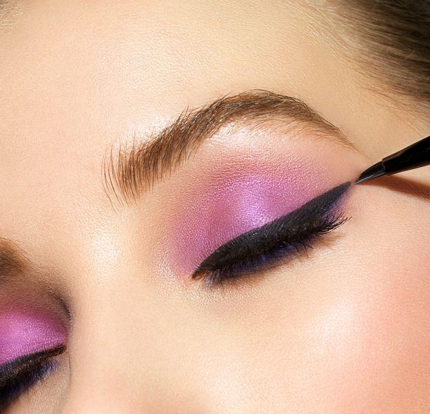 3 façons d'appliquer son eyeliner pour les paresseuses.