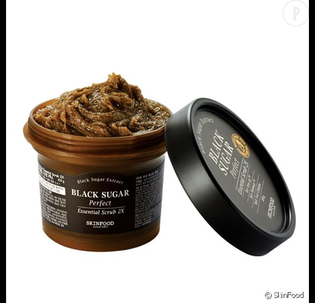 Black Sugar Scrub, Skinfood, 24,90€.